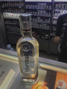 фото к новости о задержании в магазине